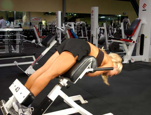 Instead Of Your Lower Back 2 Keep Straight And Raise Upper Body By Contracting Glutes Give It A Nice Squeeze At The Top